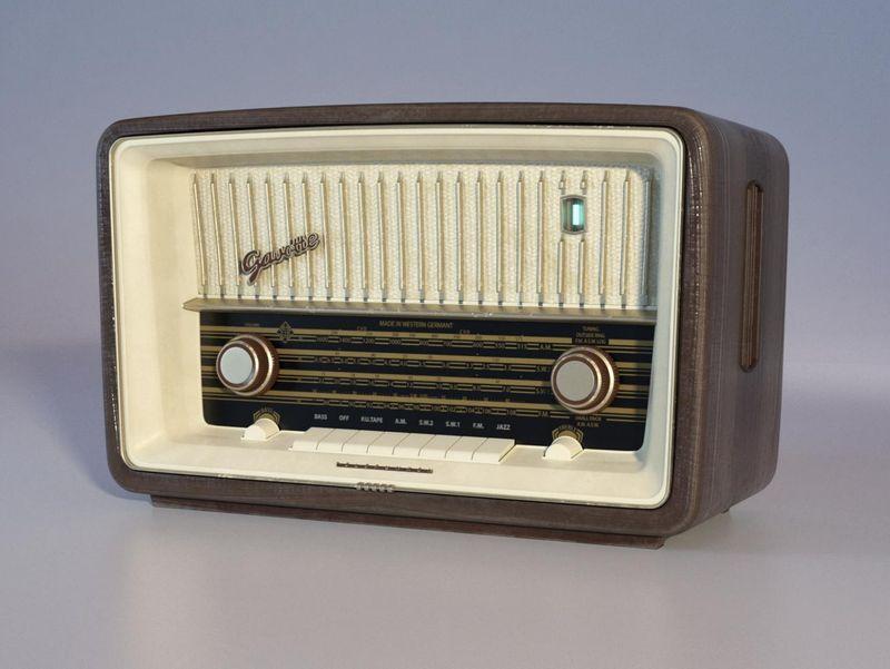 Props Modelling - Radio