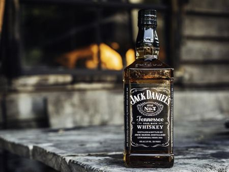 Jack Daniels Liquid Simulation