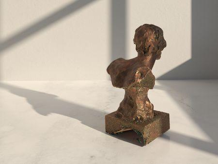 Garnelo Sculpture