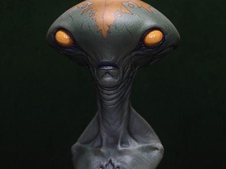 Alien Bust - Jordu Schell